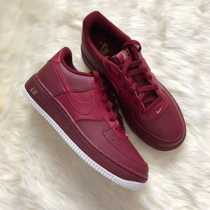 Brand New Nike Air Force 1 Team Red + Gold